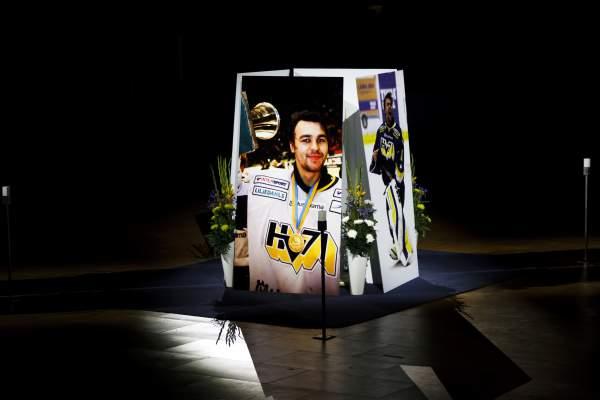 Från Stefan Livs minnesceremoni Foto: Bildbyrån