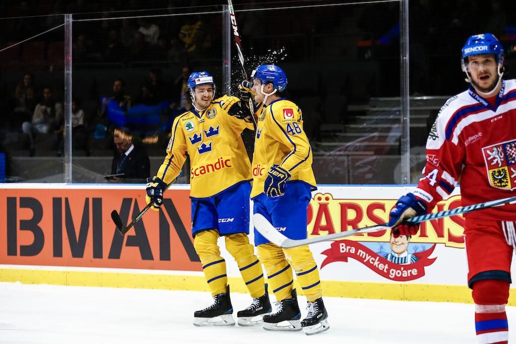 Tre Kronor till Örebro