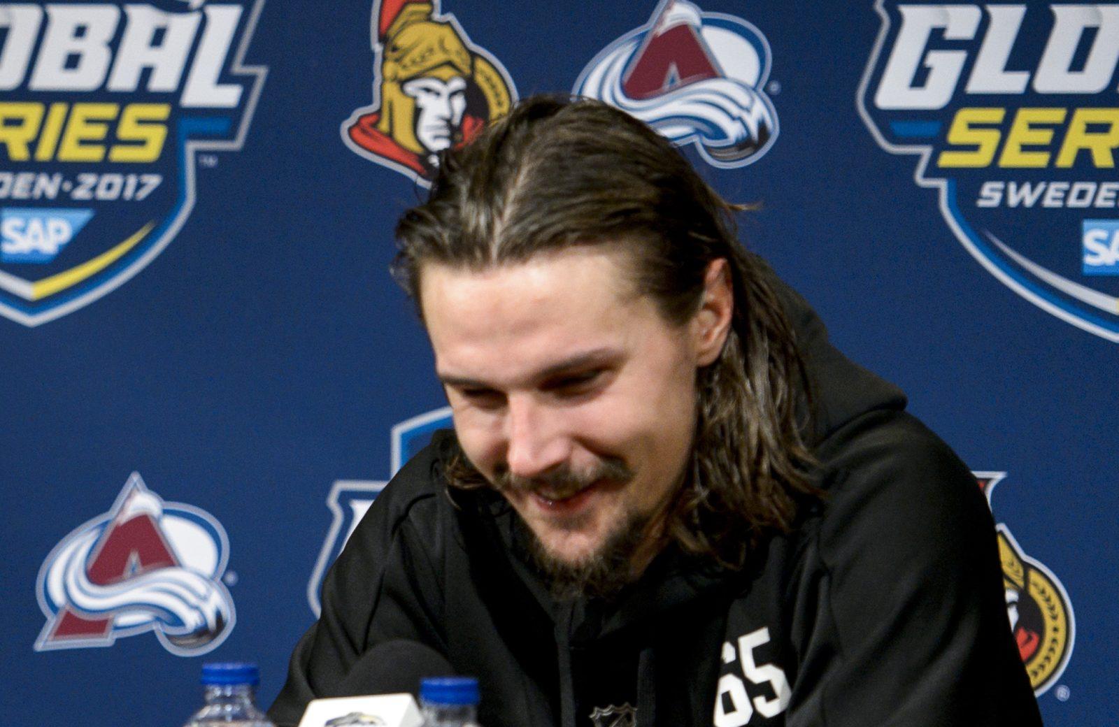 """Karlsson hyllar """"Foppa"""": """"Någon folk ser upp till"""""""
