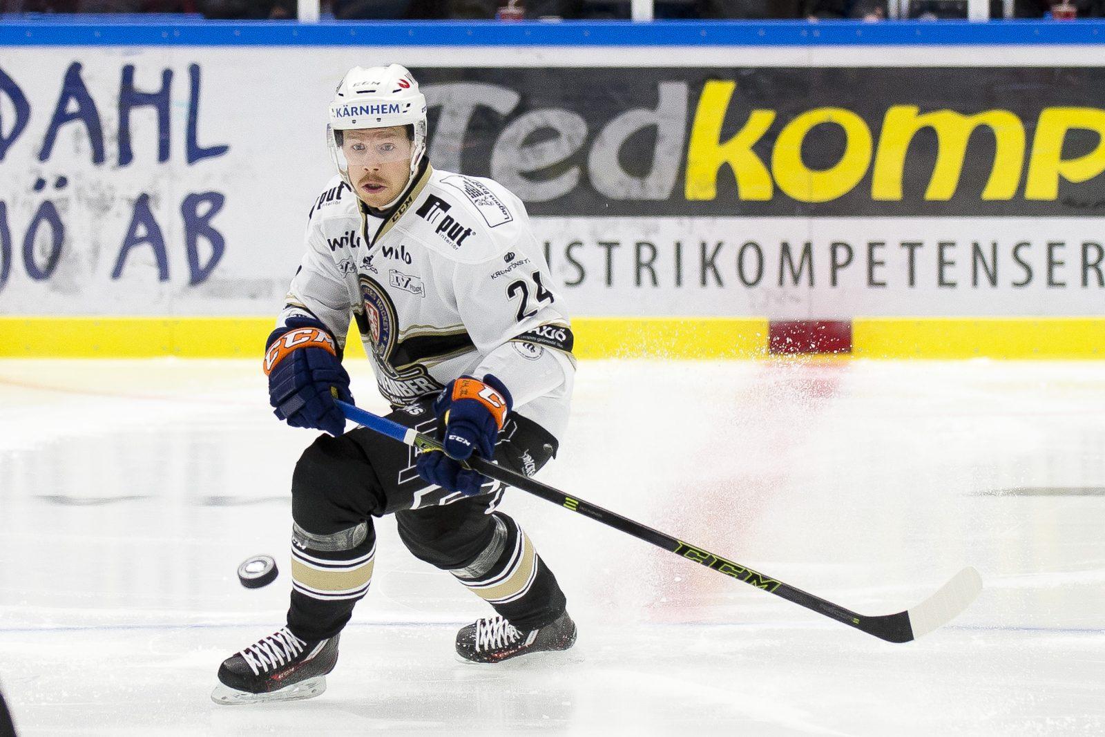 Joakim Hillding hamnat utanför laget i Lukko – osäker framtid i finska klubben