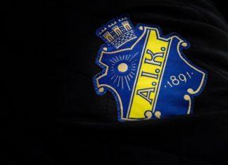 Landslagsspelarna Emmy Alasalmi och Lisa Johansson förlänger med AIK.
