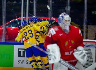 Tre kronor vinner i premiärmatchen under VM i Danmark.