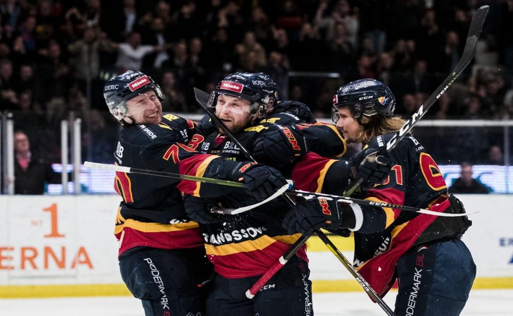 SLUTSPEL 2019: Linus Hultström blev tvåmålsskytt på Hovet
