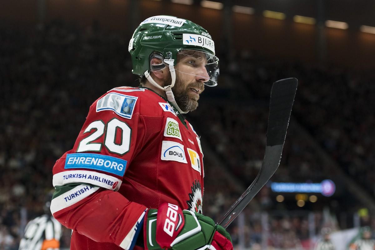 Joel Lundqvist slutar i Tre Kronor