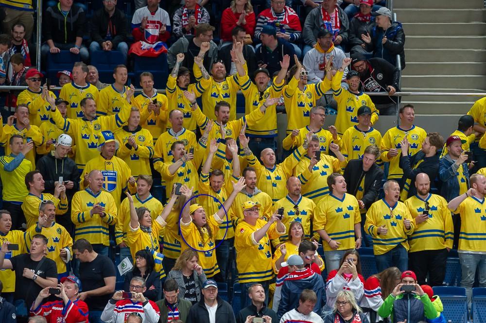 Hitta dig själv från Tjeckien-Sverige – chans att vinna en matchtröja