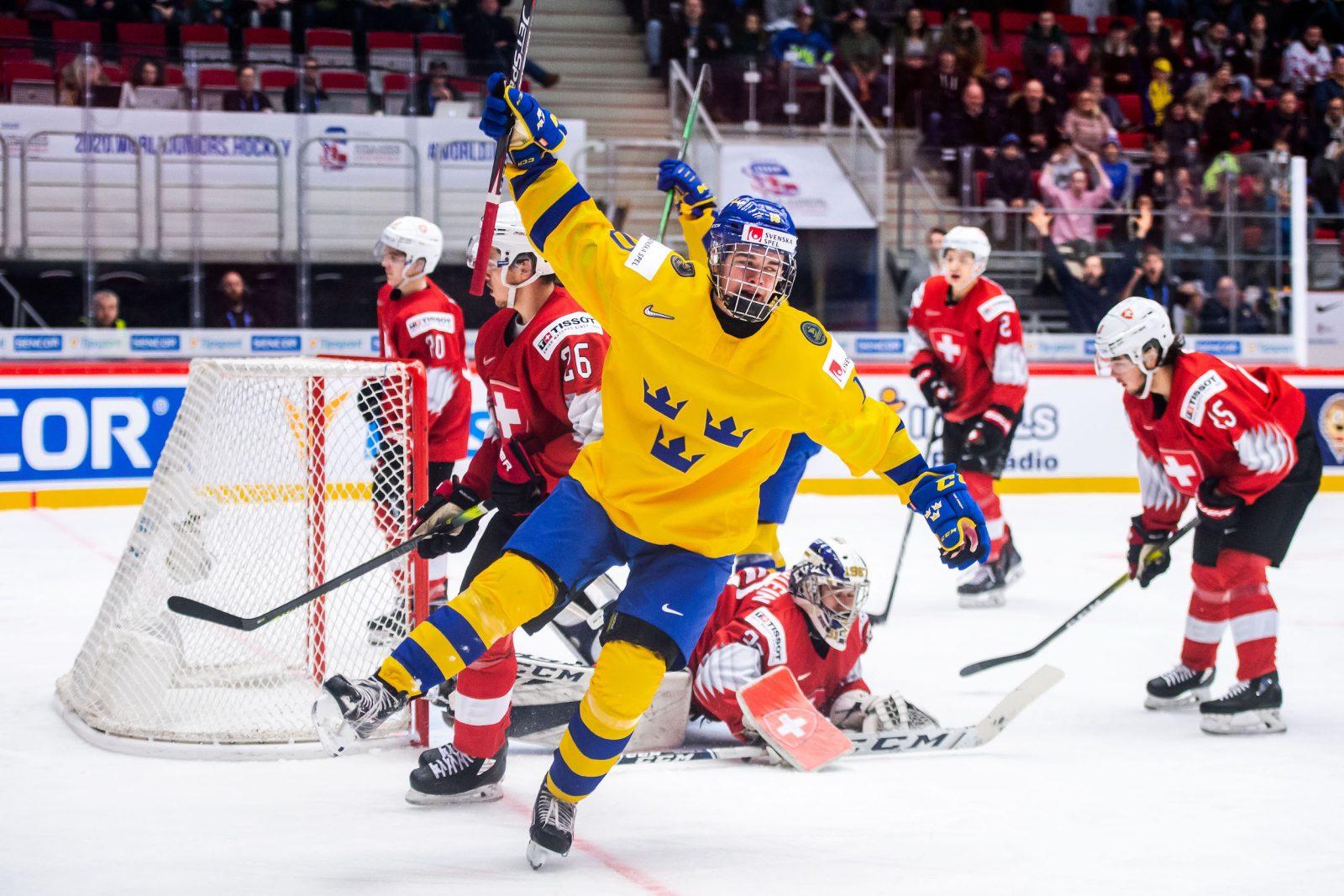 JVM: Fem puckar om Sverige mot Schweiz