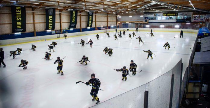 AIK-KRISEN: Ungdomsspelarna flyr klubben – ungdomsansvarige lämnar
