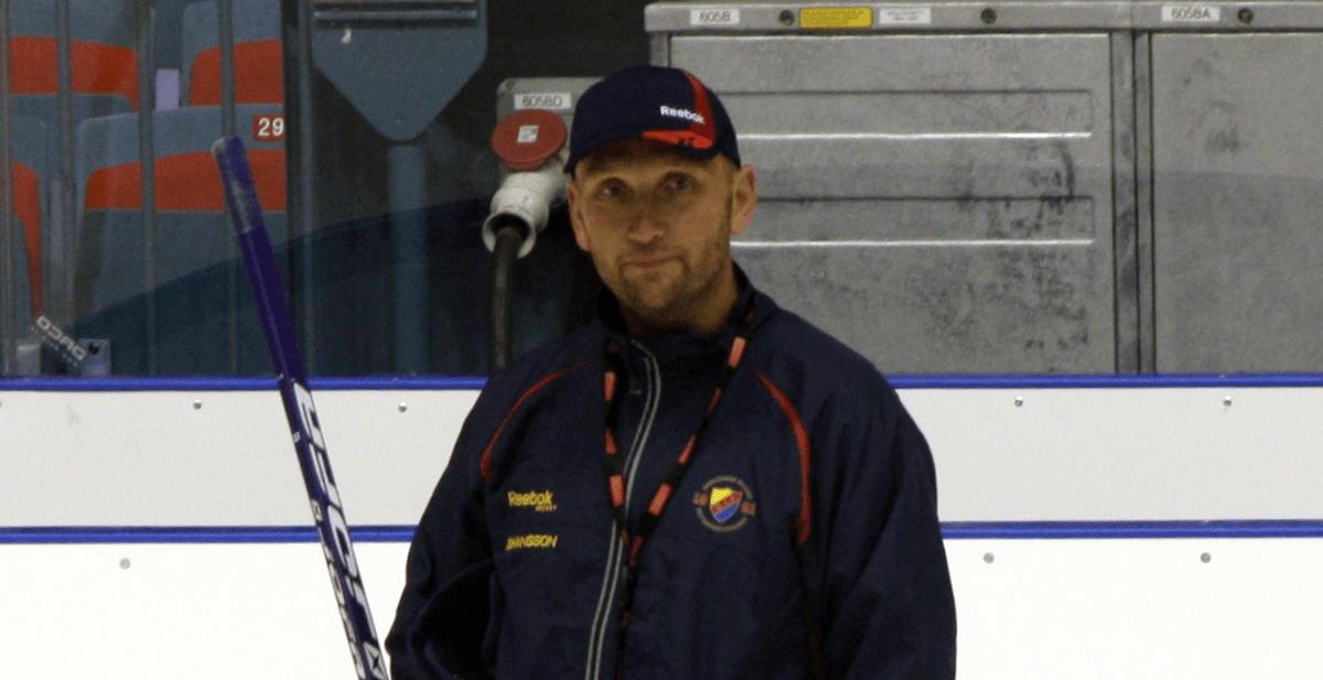 BEKRÄFTAT: Krisklubben hyr in tränare från Hockeyallsvenskan